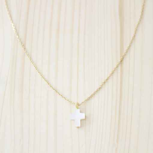 croix nacre blanche